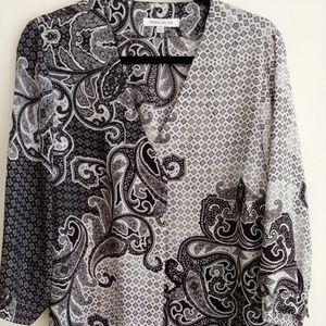 Black and white Paisley print top